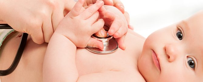 Erkältung Baby Gesundheit - Was tun wenn das Baby erkältet ist