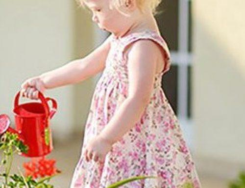 Wie können auch kleine Kinder im Haushalt helfen?