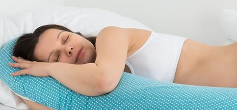 Empfehlung: Stillkissen für Schwangerschaft und Stillzeit kaufen! Worauf achten beim Kauf von Stillkissen für Schwangerschaft und Stillzeit? Anwendung vom Stillkissen in Schwangerschaft und Stillzeit