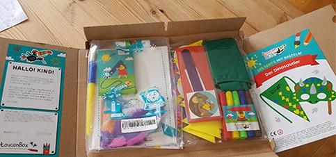 Kreative Bastelideen mit Anleitung für Kinder mit dem Bastelbox Abo für Kinder. So geht basteln mit Kindern schnell und einfach. Basteln im Herbst mit Kindern immer wieder neue, Jahreszeit passende kreative Bastelideen mit Anleitung.