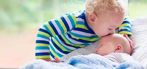 Tipps und Erfahrungen wenn das zweite Kind kommt. Wie kann ich mein Kind auf ein Geschwisterchen vorbereiten? Wie anders ist die zweite Schwangerschaft?