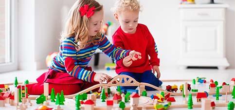 sinnvolle geschenke zum 2 geburtstag geschenke für 2-jährige jungen Spielzeug 2 jahre