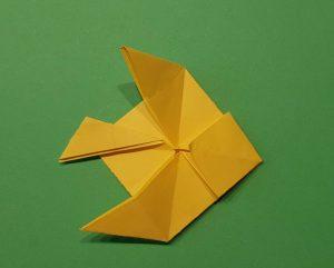 Fische aus Papier falten - Origami mit Kindern