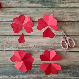 Blumen basteln aus Papier Basteln Frühling Valentinstag Muttertag