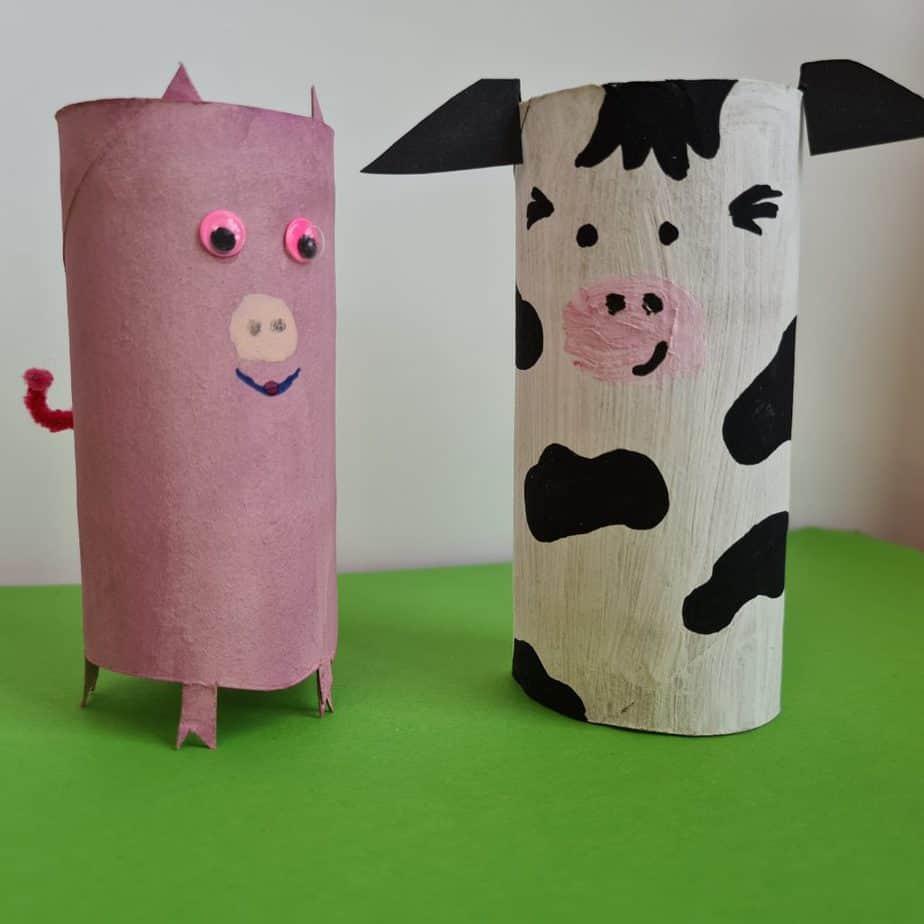Kuh und Schwein aus Klopapierrollen