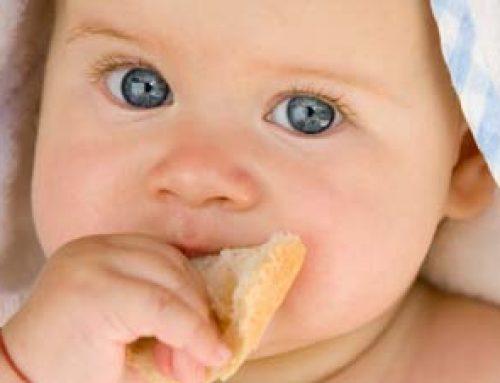 Ab wann das erste Butter Brot fürs Baby
